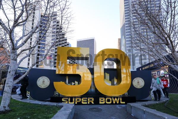 31 JAN 2016:  Super Bowl 50 logo in Super Bowl City. (Photo by Rich Graessle/Icon Sportswire)