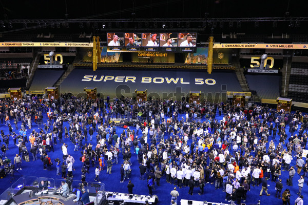 01 FEB 2016:  General view of the floor of the SAP Center during Super Bowl 50 Opening Night held at the SAP Center in San Jose California.(Photo by Rich Graessle Icon/Sportswire)