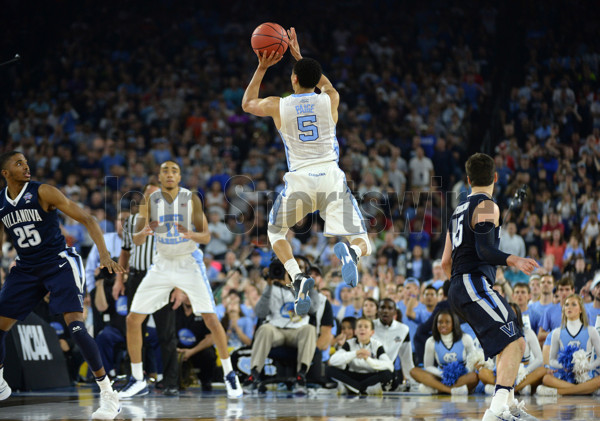 April 4, 2016 - Houston, TX, USA - North Carolina's Marcus Paige (5) makes an off-balance three-pointer to tie the game during the second half on Monday, April 4, 2016, at NRG Stadium in Houston (Photo by Chuck Liddy/Zuma Press/Icon Sportswire)