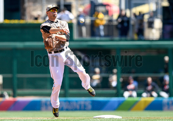 April 14 2016: Pittsburgh Pirates shortstop Jordy Mercer (10) throws out Detroit Tigers third baseman Andrew Romine (not pictured) during the fifth inning the game between the Detroit Tigers and the Pittsburgh Pirates at PNC Park in Pittsburgh, Pennsylvania (Photo by Justin Berl/Icon Sportswire)