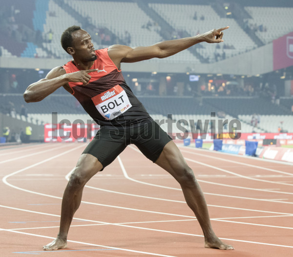 22.07.2016. Queen Elizabeth Park, London, England. London Anniversary Athletics. Usain Bolt (JAM) displays his custom 'lightning bolt'  after winning the Men's 200m Final in the 2016 IAAF London Anniversary Games. (Photo by Roland Harrison/Actionplus/Icon Sportswire) ****NO AGENTS----NORTH AND SOUTH AMERICA SALES ONLY----NO AGENTS----NORTH AND SOUTH AMERICA SALES ONLY****