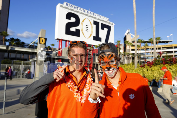 TAMPA, FL - JANUARY 09: Clemson Tigers fans wait outside the stadium to enter prior to the National Championship game between the Alabama Crimson Tide and Clemson Tigers on January 9, 2017, at Raymond James Stadium in Tampa, FL. (Photo by Todd Kirkland/Icon Sportswire)