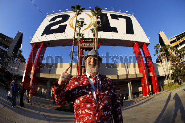 TAMPA, FL - JANUARY 09: An Alabama Crimson Tide fan waits to enter the stadium prior to the National Championship game between the Alabama Crimson Tide and Clemson Tigers on January 9, 2017, at Raymond James Stadium in Tampa, FL. (Photo by Todd Kirkland/Icon Sportswire)